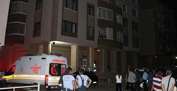 Tartışmada birbirine biber gazı sıkan çift binayı boşalttırdı