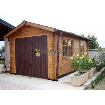 Garage in Legno 3x5m 45mm, 15mq Garage in legno massello di pregiato abete nordico. Ideale come autorimessa o come magazzino. E' dotatao di portone carrabile in legno massello. PORTONE IN LEGNO MASSELLO A DUE BATTENTI INCLUSO NEL PREZZO.