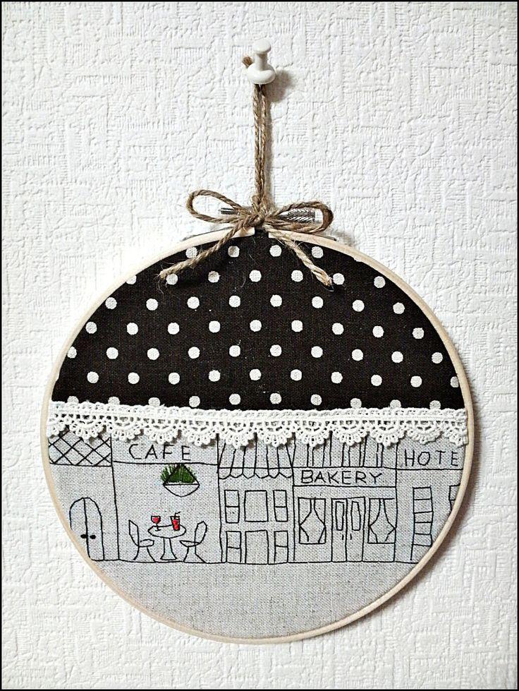 cute embroidery hoop decor idea. via KawaliSakuraHandmade on Etsy