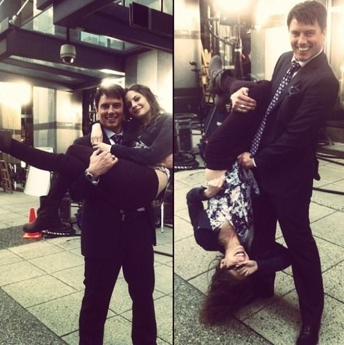 Arrow - John Barrowman & Willa Holland (Malcom & Thea)