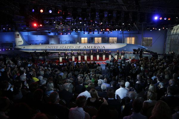#Autismo no NYT: Review: In Republican Debate CNN Throws Candidates Into Ring