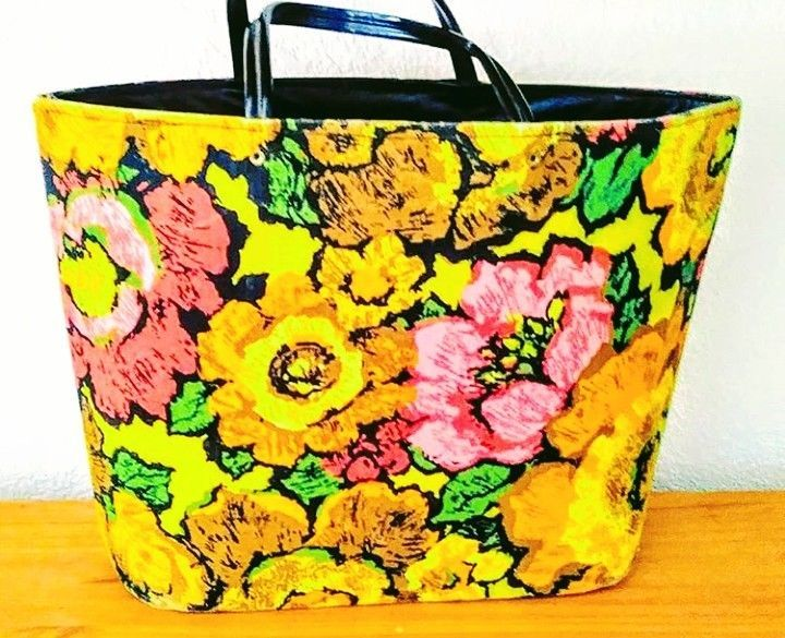 Vintage 1960s Mod Pink And Yellow Canvas Vinyl Floral Tote Bag Purse Unbranded Purse Casual Purses And Bags Floral Tote Bags Tote Bag Purse