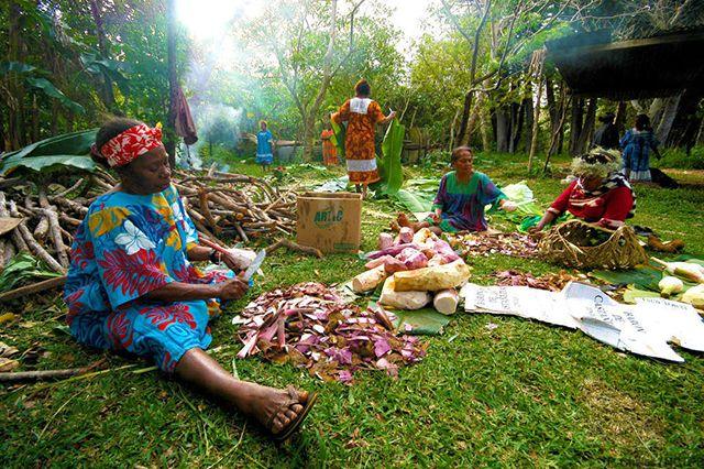 Instants de vie en tribu en Nouvelle-Calédonie © Nouvelle-Calédonie Tourisme.