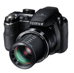 Features 3-inch LCD display,High Quality Fujinon 24x Optical Zoom Lens 14MP CCD 720p HD Movies 4-AA Batteries