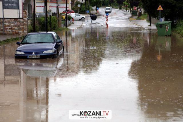 Χιούστον: Εκκενώθηκαν περιοχές λόγω Χάρβεϊ: Η τροπική καταιγίδα Χάρβεϊ αναμένεται να προκαλέσει μεγαλύτερες βροχοπτώσεις στο Χιούστον του…