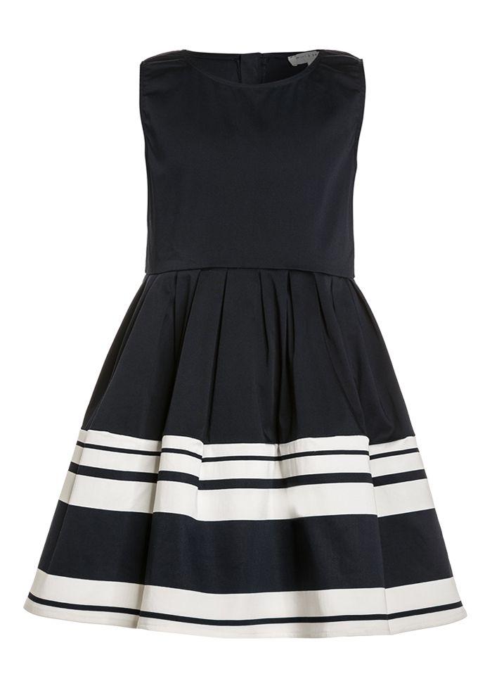 Marineblaues kurzes ärmelloses Kleid mit Falten und weißen ...