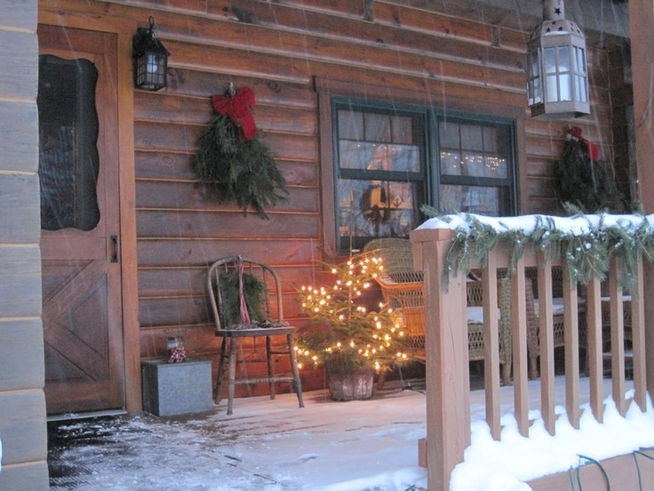 17 best images about christmas porch on pinterest front for Country christmas decorations for front porch
