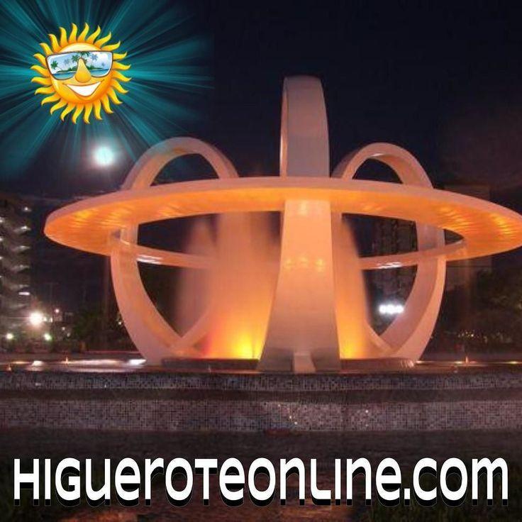 Fuente Lumínica de Higuerote  cuando funcionaba era todo un espectaculo las luces  el agua ya de tiempos aquello #fuente #urbanismo #arquitectura #higuerote #miranda #brion #iluminación #espectaculo #show #turismo #acervo
