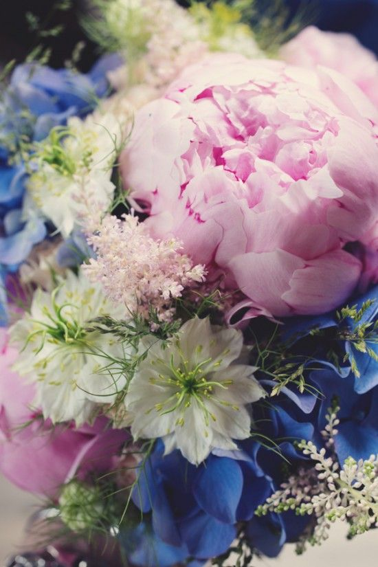blue-and-pink-boho-chic-wedding-in-the-french-countryside-©anne-claire-brun029