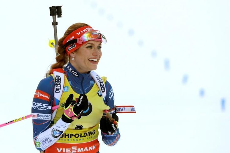 Biatlonovou exhibici ovládla na konci sezony Koukalová se Šlesingrem — Biatlon — ČT sport — Česká televize
