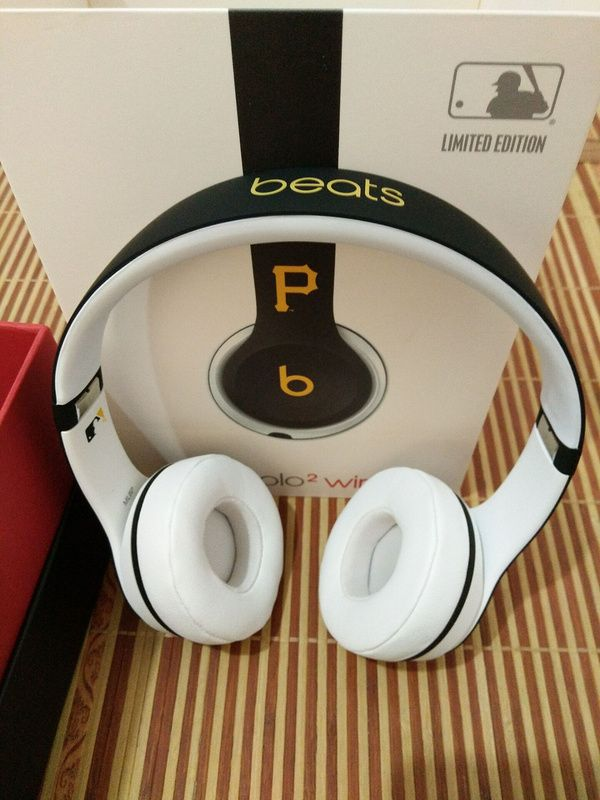 Pittsburgh Pirates Beats Solo2 MLB Edition Wireless Headphones Now £169.95, Save £80