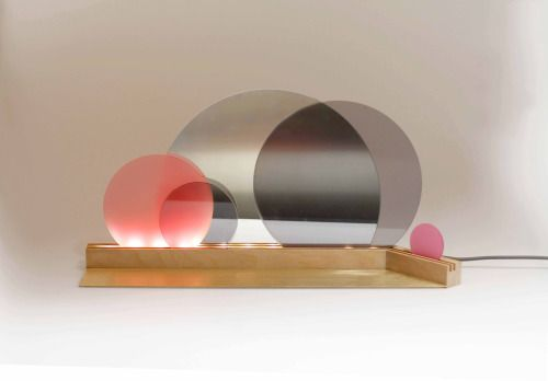 lys  Maike Elberfeld  Light Mirror Plexiglas Brass Shelf Leuchte Spiegel