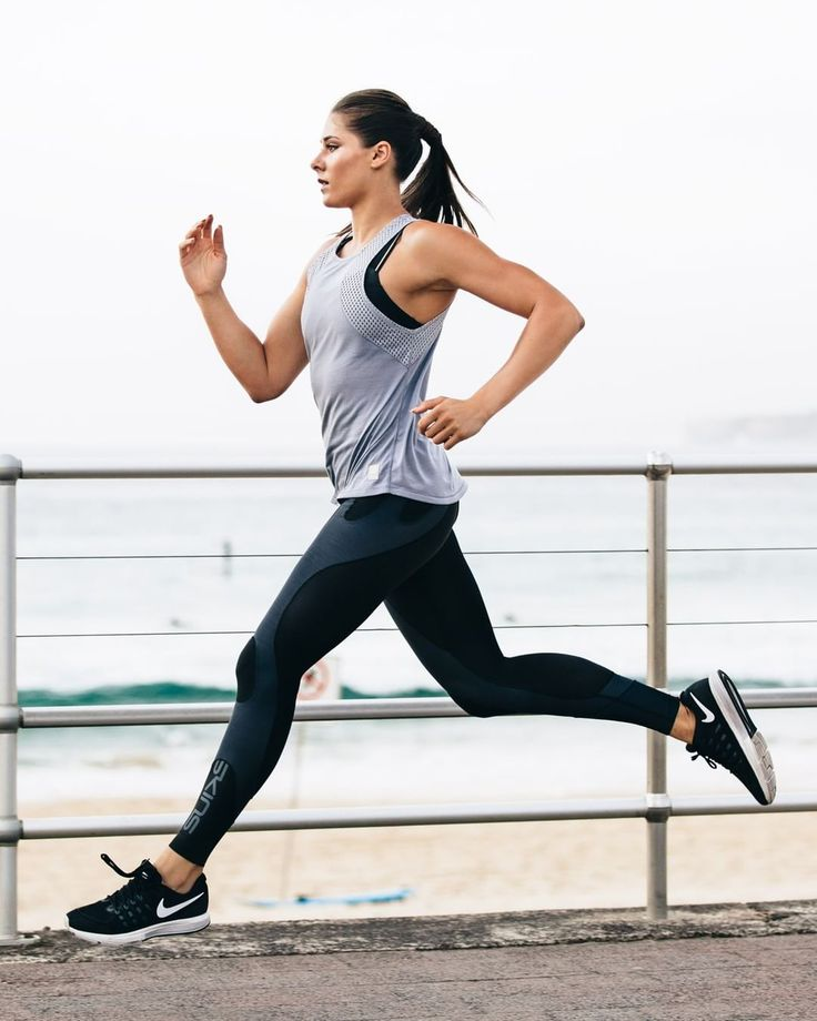 Everyday is a good day to run ‍♀️ Rain or shine, SKINS running kit has you covered #SKINSorNOTHING #BestInCompression #runner #run #runninggear #compressiontights #fitnessmodel #fitlife #activelife #pushyourself #runfurther #runfaster #shoppable