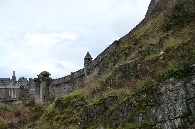 Fougères in Bretagne, il castello più grande di Francia www.arttrip.it/fougeres-cera-una-volta-un-castello/