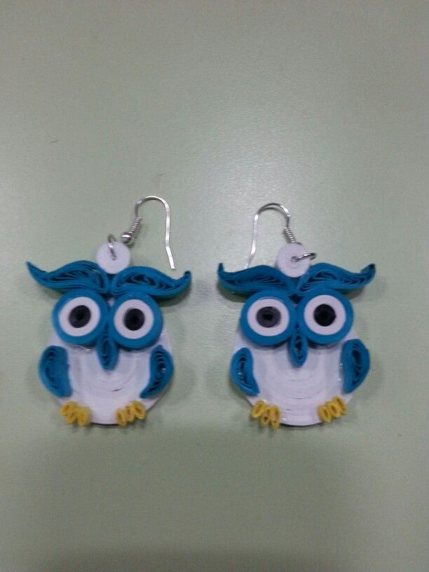 Quilling earrings making