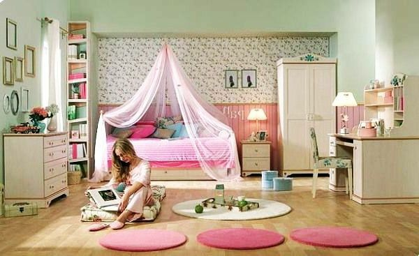 25+ Best Ideas About Girls Canopy Beds On Pinterest