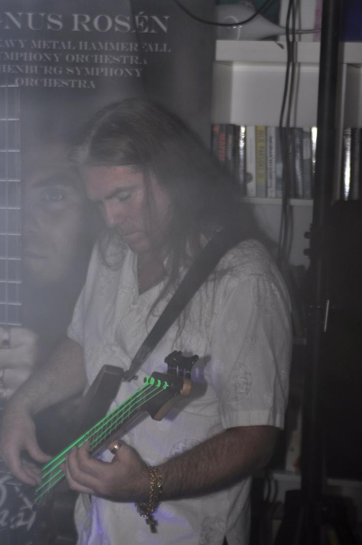 Magnus Rosén Bass riffs