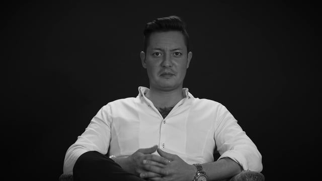 A series of Interviews produced by 23FILM aiming to bring into the spotlight young professionals from different areas. From Fashion Designers and Advertisers to Doctors and Layers,we aim to present a very eclectic view upon Romanian contemporarily society. Guest-Lee Ptolemy-IT Developer Follow @23FILM on Facebook, Vimeo & Pinterest for more updates. Website: 23film.ro/ Facebook: facebook.com/23-FILM-2640... Vimeo: vimeo.com/23film Pinterest: ro.pinterest.com/23film/