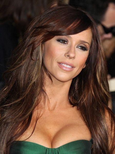 http://cdn.evilbeetgossip.com/wp-content/uploads/2011/11/Jennifer-Love-Hewitt-3.jpg