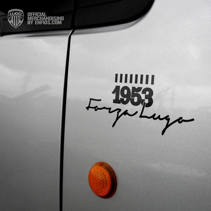 Pegatina Forza Lugo con vinilo adhesivo de color negro para pegado directo de fácil colocación.    Tamaño, ancho 14cm, alto 6cm