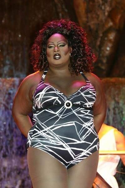 You ain't even know Latrice could serve up that swimsuit ...