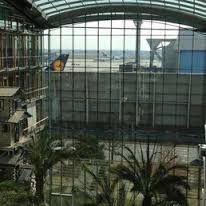Risultati immagini per lufthansa aviation center frankfurt