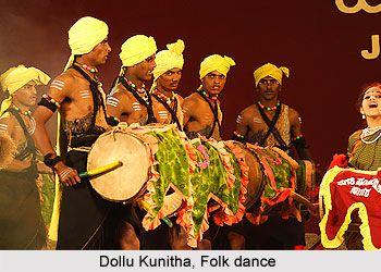 Dollu kunitha a Folk Dance of Kurubas In Karnataka