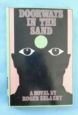 Doorways In The Sand Roger Zelazny Vintage 1976 HCDJ BCE w/Book Club Flyer