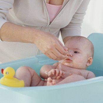 El primer baño del bebé.  #familia y #bienestar