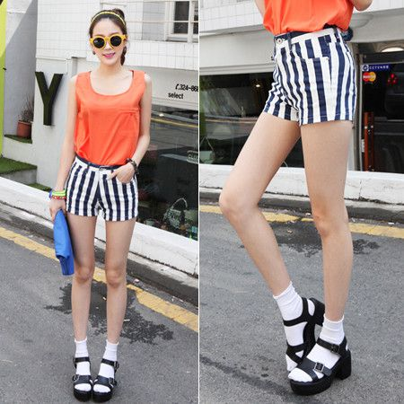 Bottoms :: Shorts & Culottes :: bold vertical stripe hotpants - Korean Fashion @ ????