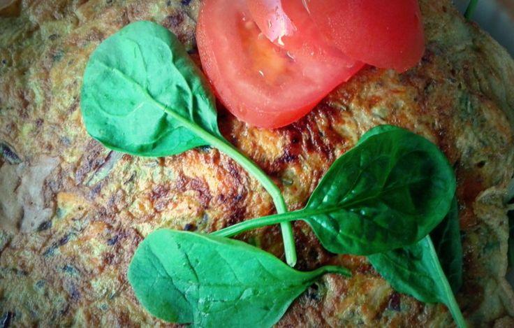 Omlet z marchewką i szpinakiem