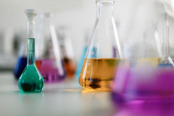 Самые простые физические и химические опыты