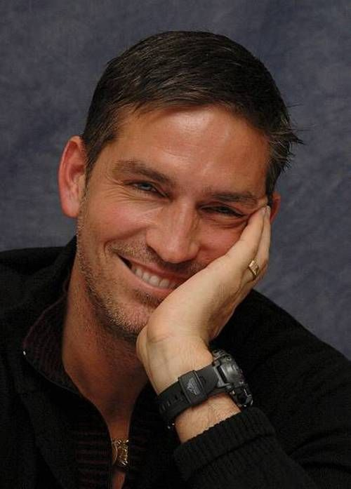 Although any photo of this man is a beautiful one, he  always seems to have such a serious look. I love this shot of him...Jim Caviezel.