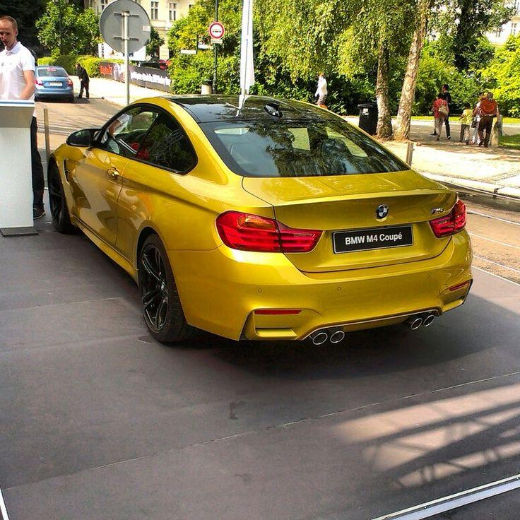 BMW M4 - KVIFF