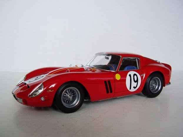 Ferrari 250 GTO LM del 1962. http://www.nuvolari.tv/news/auto-d-epoca-piu-costose/1962-ferrari-250-gto-lm