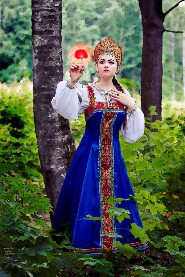 The Scarlet Flower - russian folk costume