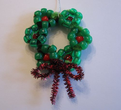 Beaded Wreath Ornament | Naturally EducationalChristmas Wreaths, Christmas Crafts, Beads Ornaments, Beads Christmas Trees, Kids Crafts, Christmas Ornaments, Beads Wreaths, Christmas Trees Ornaments, Wreaths Ornaments