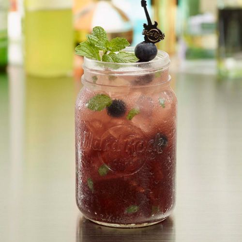 Introducing the SUMMERTIME BLUES! Lemonade, blueberry and mint - what else do we need to say?! Experience the Summertime Blues one of our favourite nonalcoholic infusions for summer! #ThisIsHardRock #MasonJar #Summer