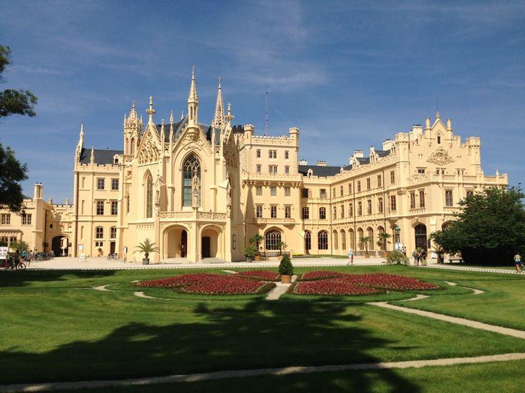 http://www.zamek-lednice.com/ Zámek Lednice | Lednice Castle