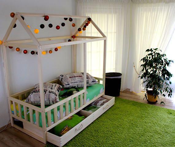 Oltre 25 fantastiche idee su letto per bambini su - Letto montessori casetta ...