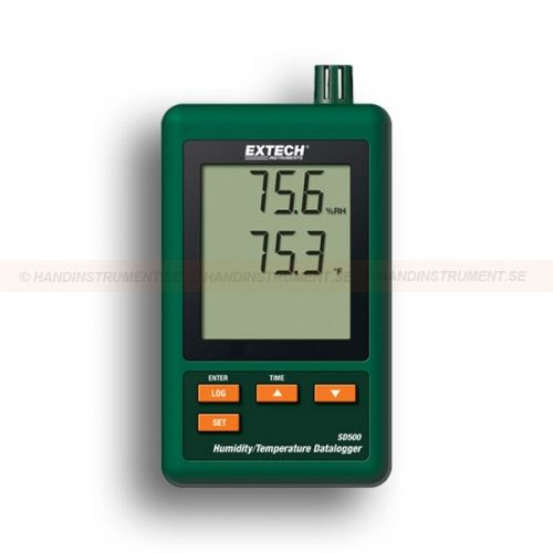 http://handinstrument.se/termometer-r1288/fukt-och-temperatur-datalogger-53-SD500-r1544  Fukt- och temperatur-datalogger  Stor LCD-display som samtidigt relativ fuktighet och temperatur  Datalogger sparar avläsningar på ett SD-kort i Excel ®-format för enkel överföring till en dator  Valbar dataregistreringsfrekvens: 5, 10, 30, 60, 120, 300, 600 sekunder eller Auto  Komplett med sex AAA-batterier, 2Gb SD kort, AC Adapter, och väggfäste/bordsstativ Garanti: 2 År