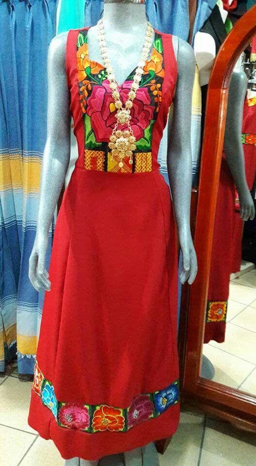 e92c2ca208 Vestidos típicos Falda Con Bordados