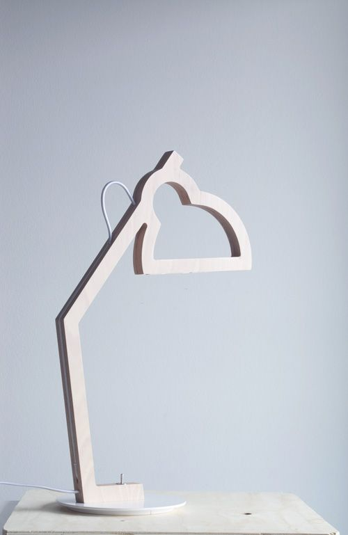 LYSA - Plywood lamp - Led - Design Julie Gasiglia -BÝFLUGA ICELAND