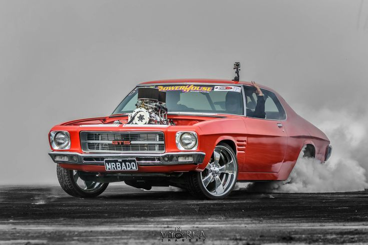 "HQ Holden GTS Monaro ""MrBadQ"" burnout"