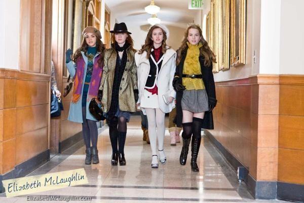 The Clique movie. Elizabeth McLaughlin, Bridgit Mendler, Samantha Boscarino