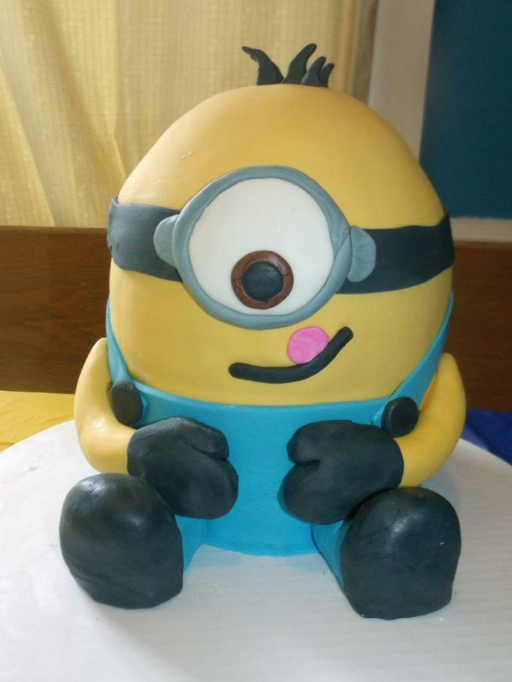 Minion Cake - COOKING DIY, patterns, tutorials, recipes, gift ideas, knitting, crochet, and much more on Craftster.org
