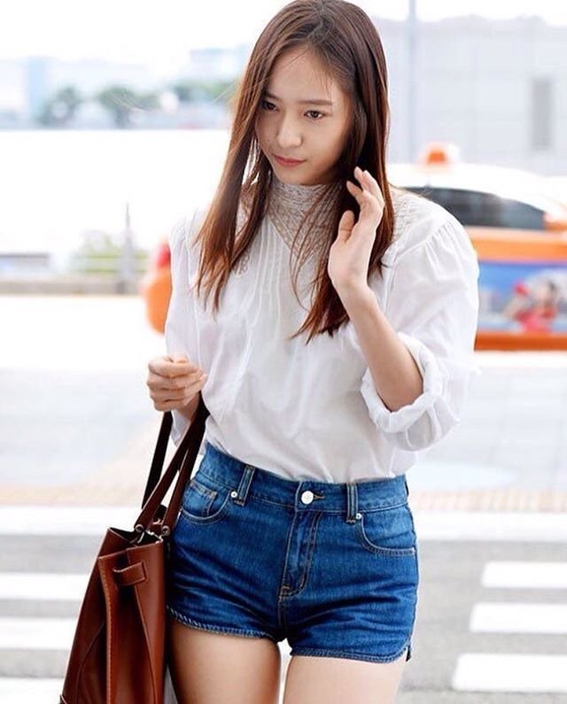 The georgeus Body. I love her hair. I miss you . . . Hashtag: #krystal…