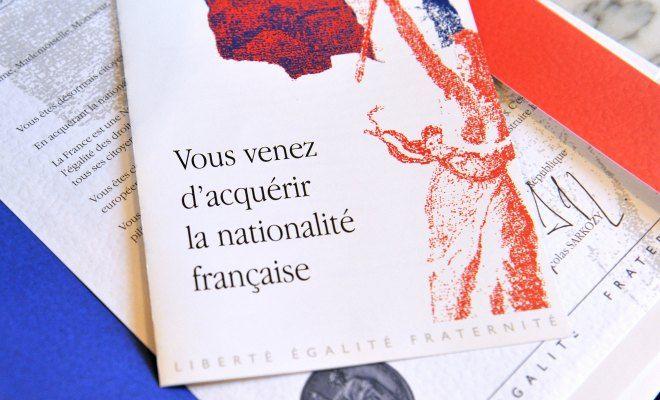 Le nombre des naturalisations par décret pourrait dépasser de 45% celui de l'an dernier. Les heureux élus sont très majoritairement originaires du Maghreb et d'Afrique subsaharienne. Simple coïncidence à l'approche des élections? (…) Selon nos informations,...