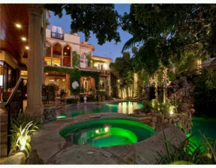 Dream house pool at night. | Dream Houses | Pinterest