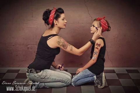 Mother/daughter rockabilly. I NEED to get a pic of CC and I like this!